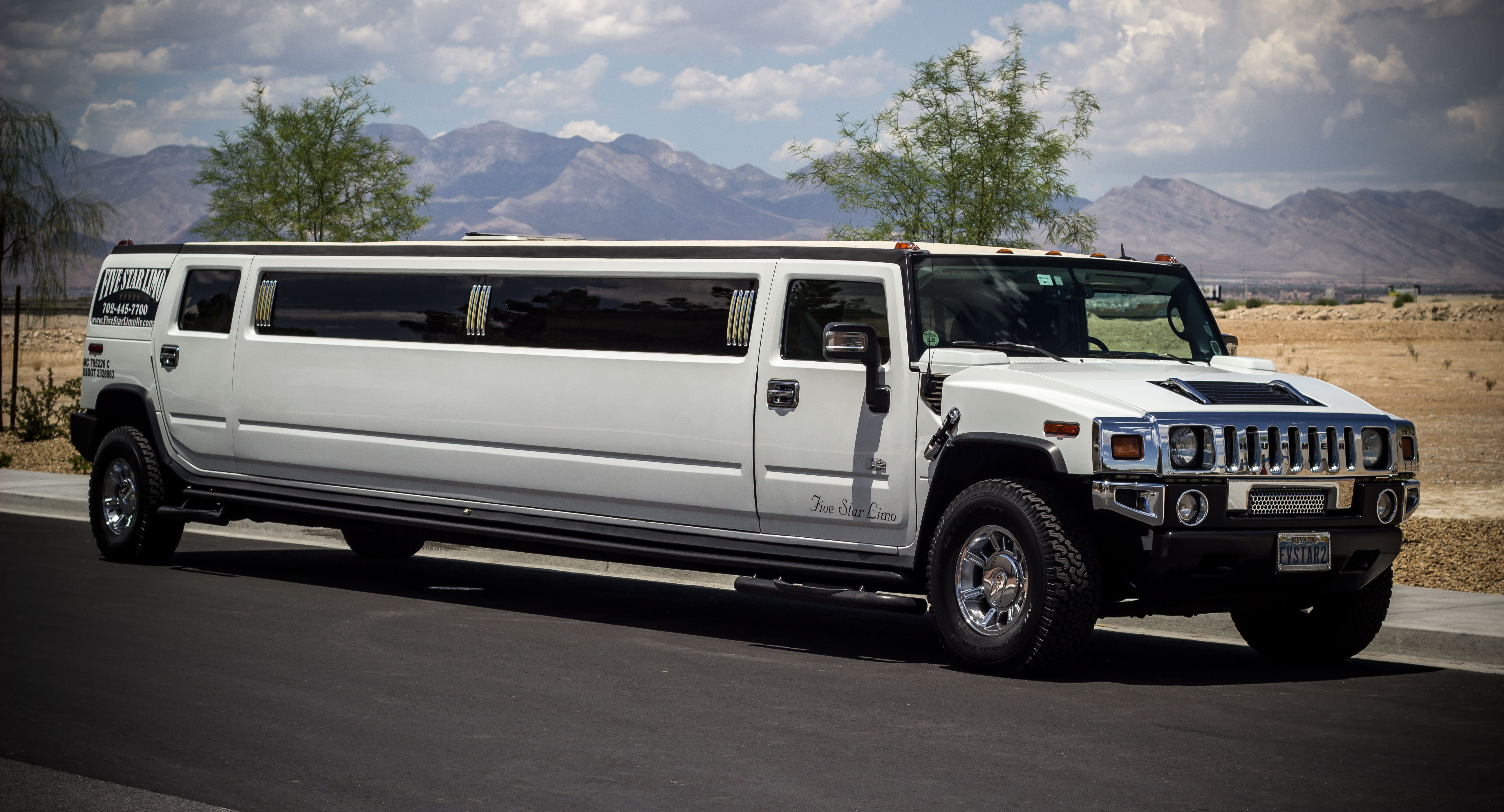 white stretch hummer limo las vegas. Black Bedroom Furniture Sets. Home Design Ideas